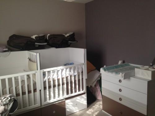 Chambre évolutive complète pour jumeaux avec commode et plan à ...