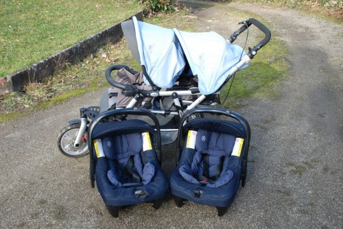 poussette double jane trois roues 2 maxi cosy. Black Bedroom Furniture Sets. Home Design Ideas